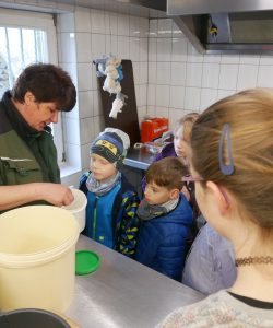 """Sondererlebnisprojekt """"Einmal Zootierpfleger sein"""" – ENTFÄLLT"""