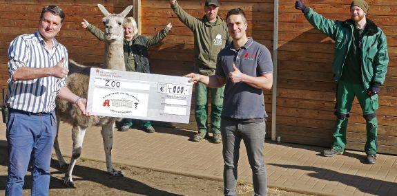 Zoo-Team bedankt sich bei den Geschwister Zeitz Apotheken